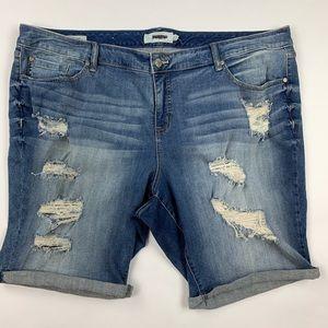 TORRID Distressed Denim Boyfriend Shorts Sz 26